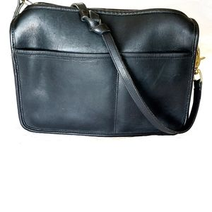 Coach vintage Companion NYC Bag Black